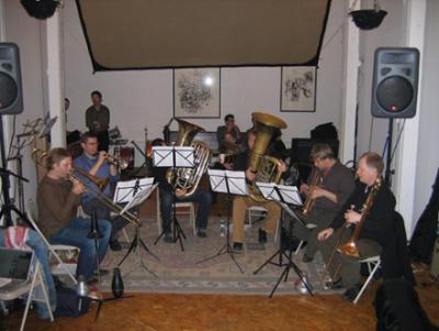 TILT SIXtet at ISSUE Project Room